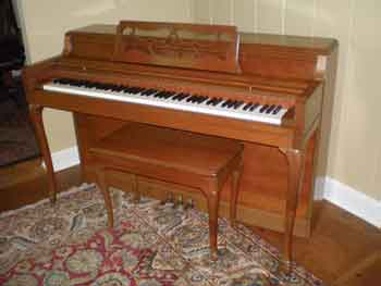 1960 Wurlitzer Spinet Piano