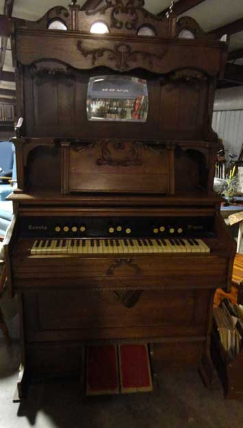 Loreto Pump Organ For Sale - Brighton TN - This Reed Organ Was Made in 1919